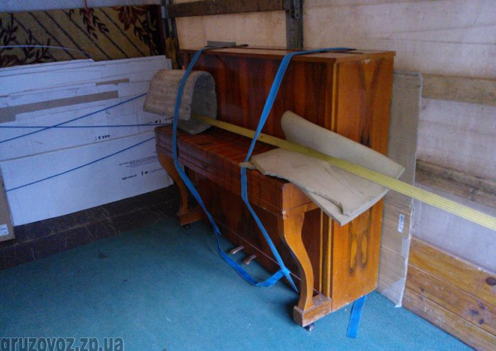 Перевозка пианино Беларусь (модель Б-2) в Запорожье.